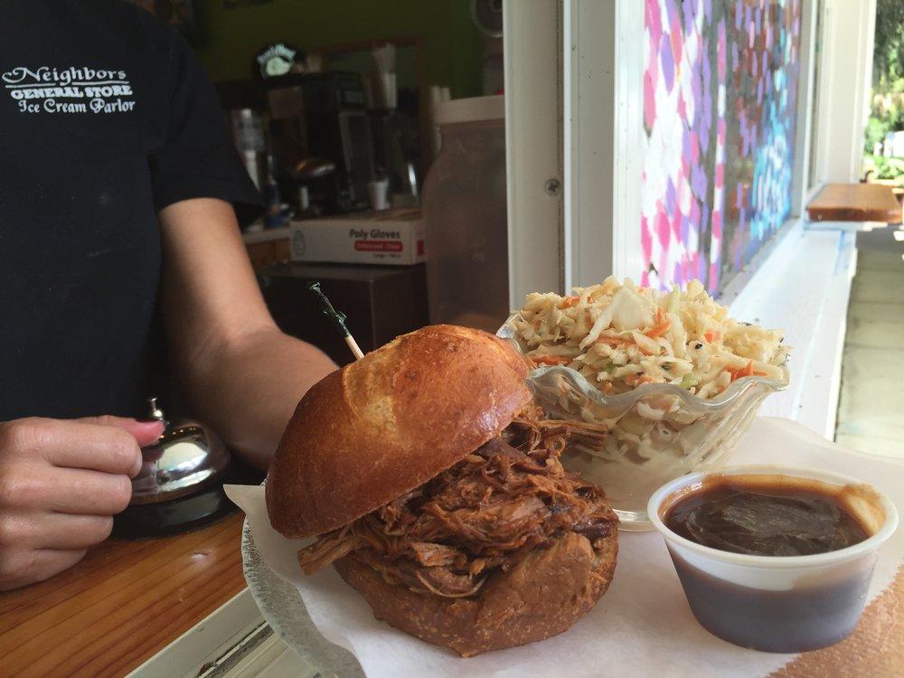 BBQ_pork_sandwich.jpg