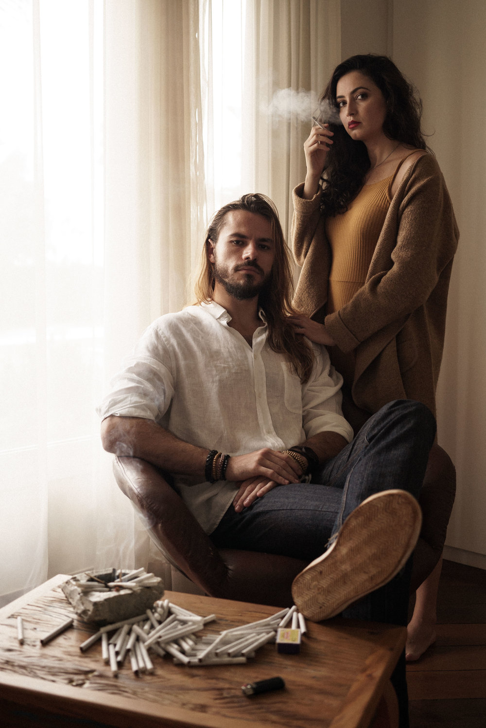 Lucas and Isabelle sometimes want to quit smoking - FOTOGRAFIA