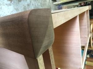making custom made maple desk