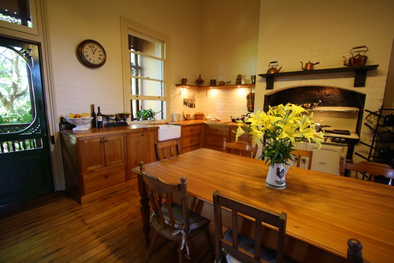 4-kitchen-from-recycled-hoop-pine-restored-dining-table.jpg