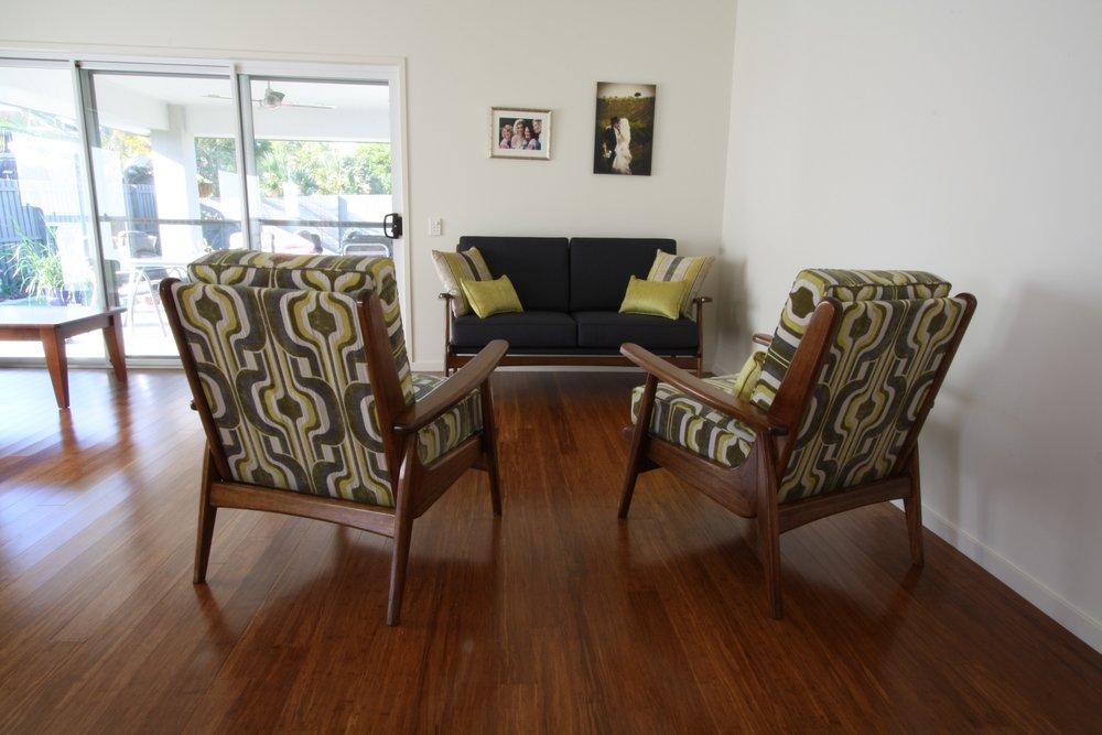 upholstered_3-_seater_lounge.JPG