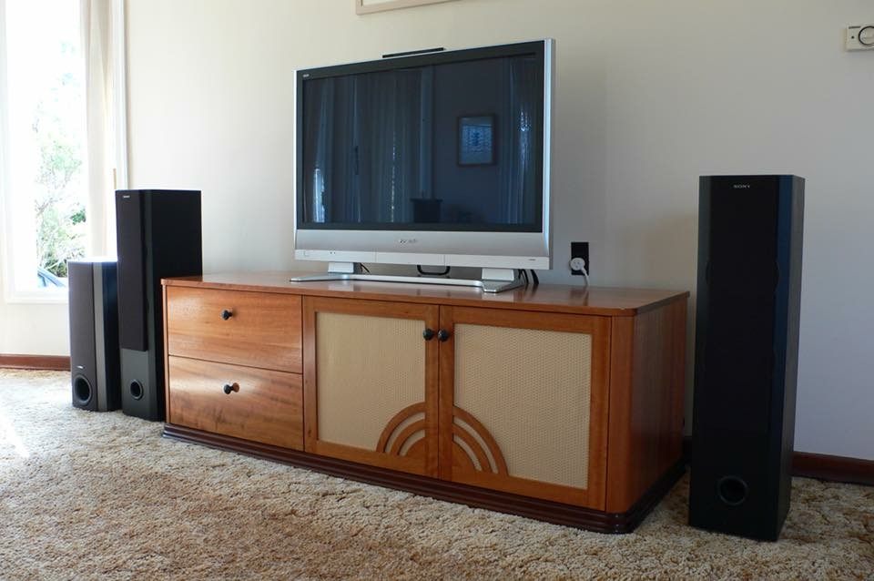 timber entertainment unit.JPG