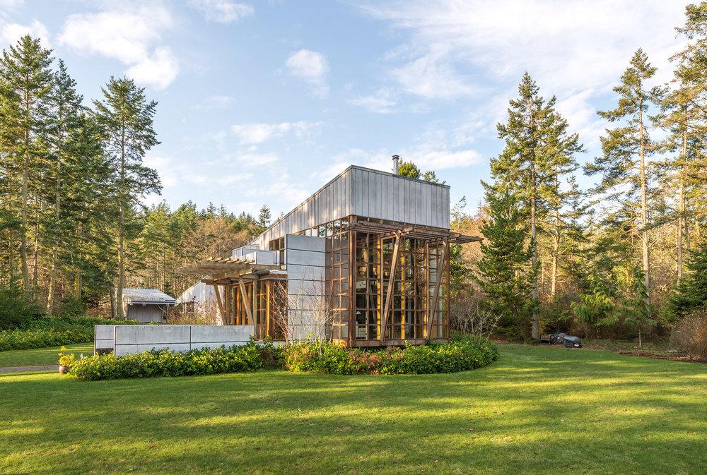 Rogers Cabin by Walker Architects