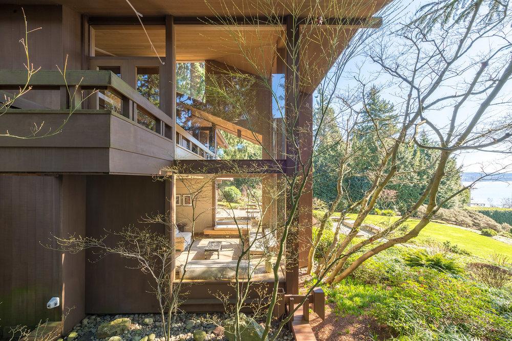 Morris Residence by Gordon Walker