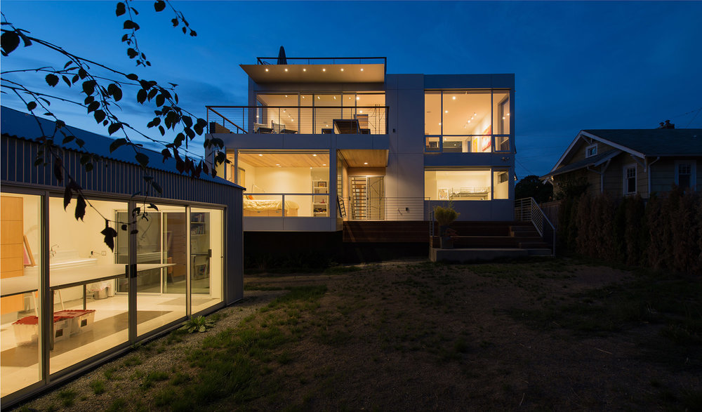 Case Study House 2014 by BUILD LLC