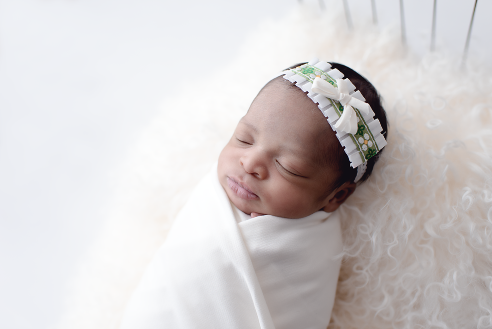 pdx-photographer-newborn_DSC9237 copy.png
