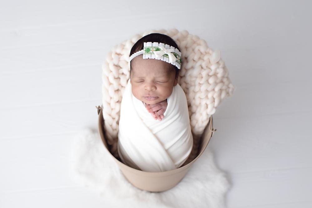 pdx-photographer-newborn_DSC9230 copy.png