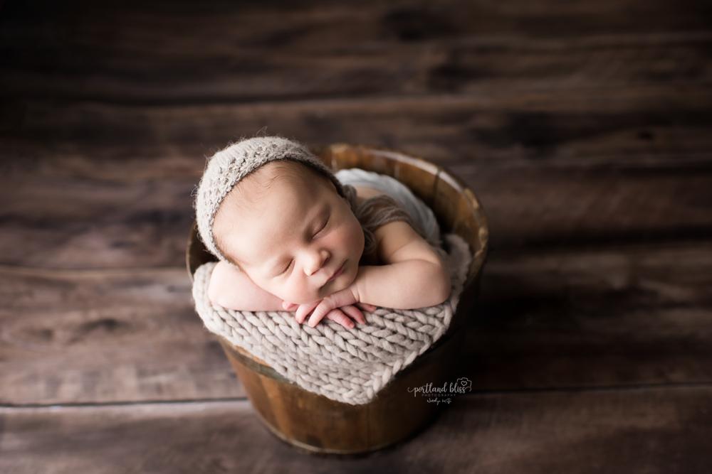 newborn-photographer-portland-or_DSC7474 .png