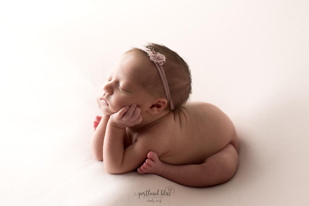 newborn-photographer-portland-or_DSC7455.png