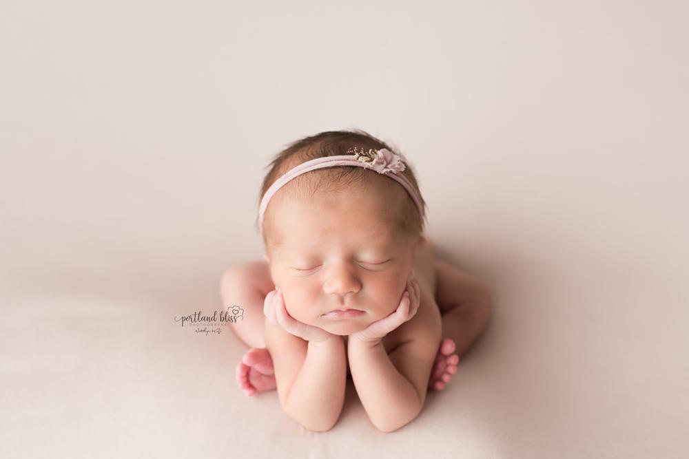 newborn-photographer-portland-or_DSC7453.png