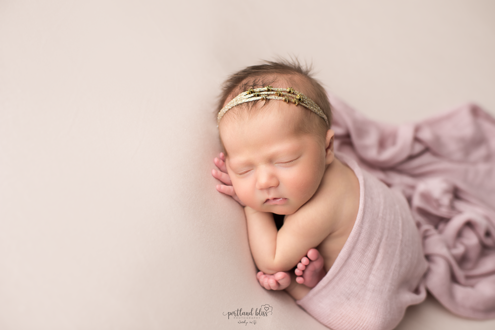 newborn-photographer-portland-or_DSC7435.png