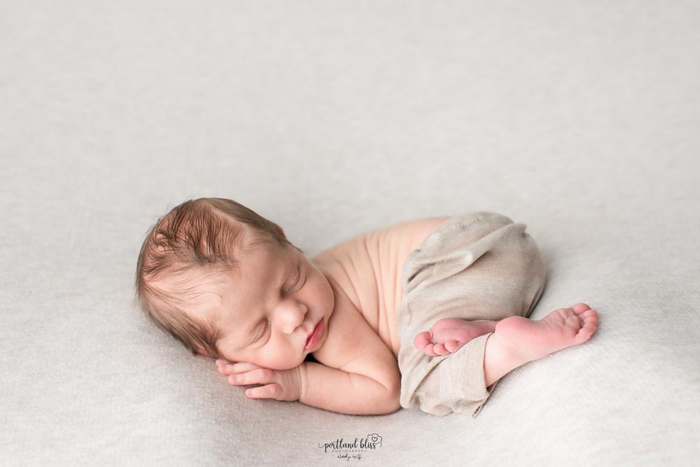 newborn-photographer-portland-oregon_DSC7630.png