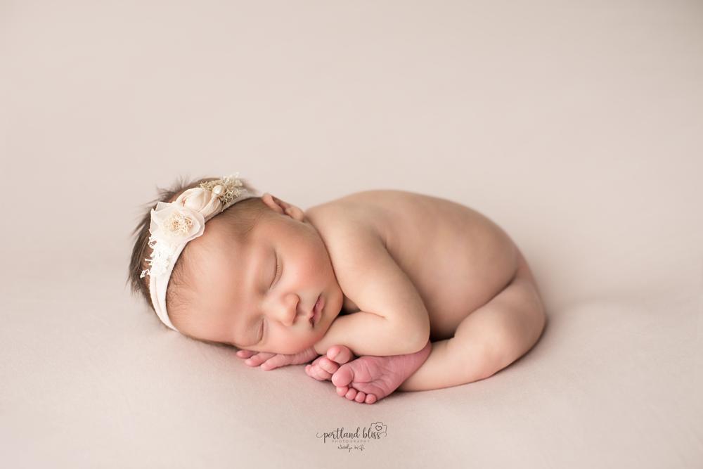 newborn-photographer-portland-or_DSC7419.png