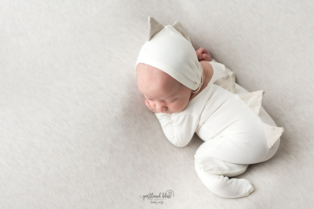 newborn-photographer-portland-or_DSC7571.png