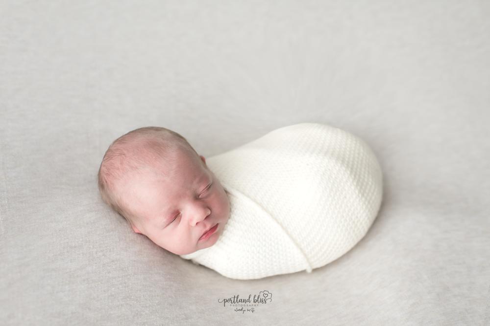 newborn-photographer-portland-or_DSC7535.png