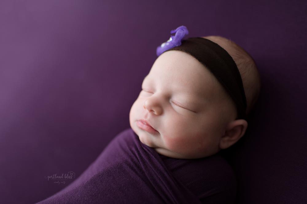 professional-newborn-photographer-portland_DSC9575.png