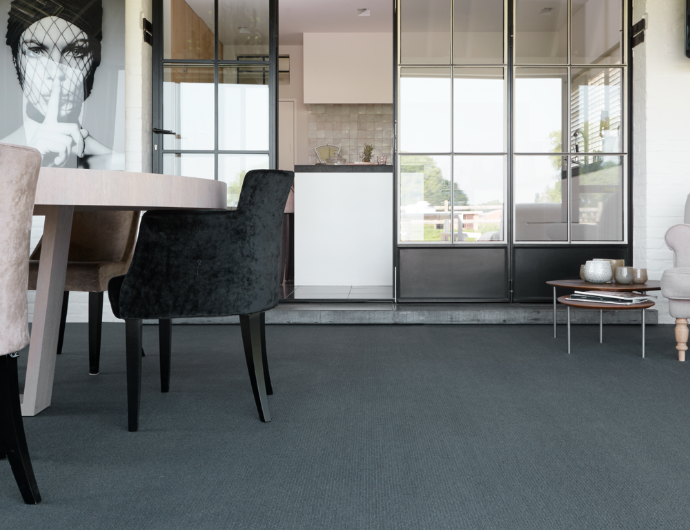 Mirage-820_portrait-broadloom.png