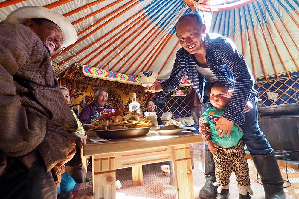 Mongolia family tent.jpg