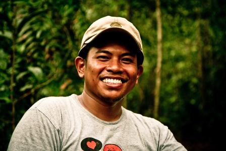 Arif - Our biologist and specialist in wildlife observation especially Orang Utan, Arif previously worked in research station Orangutan Foundation United Kingdom in Tanjung Puting before joining the team.