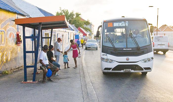 busstation-Altena-01.jpg