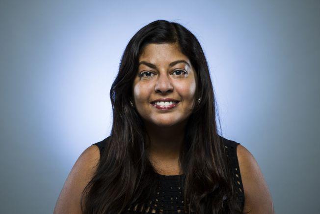 亞美政聯首次舉辦面對亞太裔的加州州長候選人辯論會的兩位主持人之一密塔(Seema Mehta) 。(洛杉磯時報網站下載)