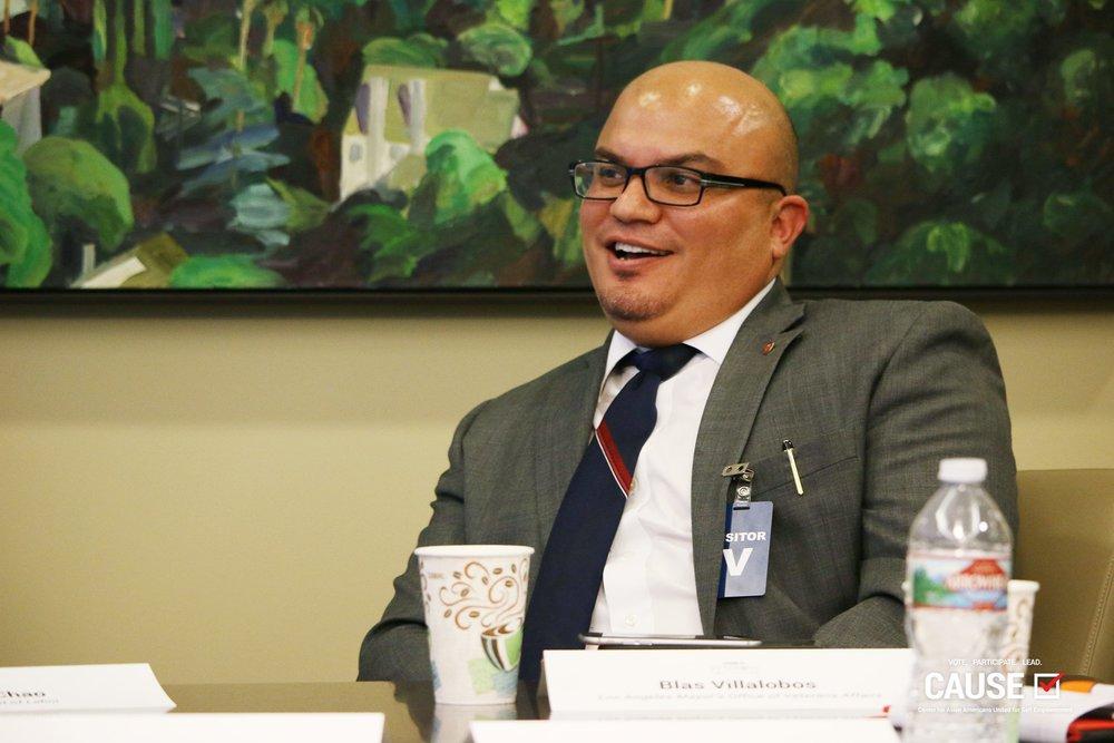 Blas Villalobos speaking to the 2017 Veterans Initiative fellows