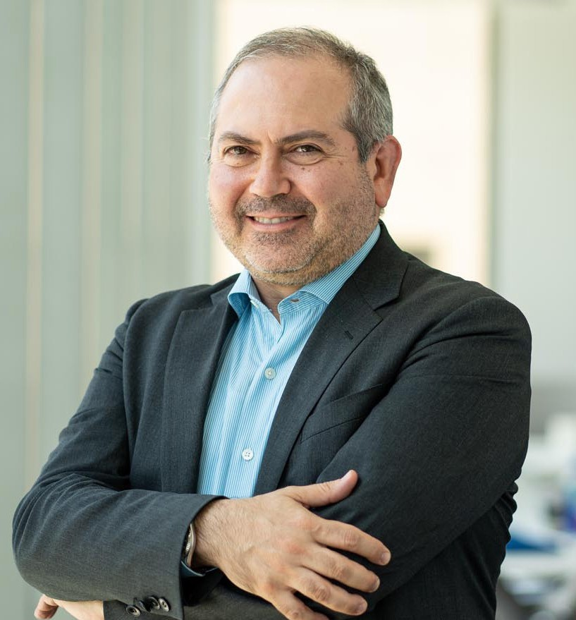 Lewis Cohen, Founder of DLx Law