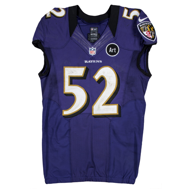 Ray-Lewis-2012-purple-jersey.jpg