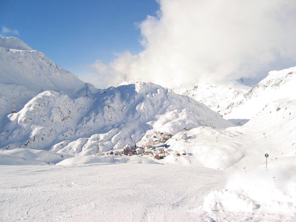 St. Christop am Arlberg (Foto by Jeff Barteaux on Unsplash)