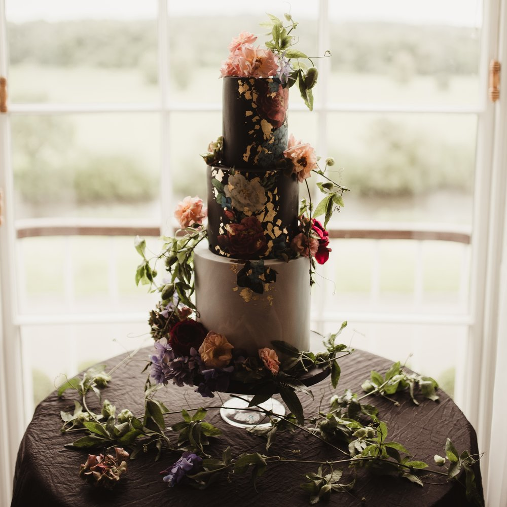 DECADENT DESTINATION WEDDING -