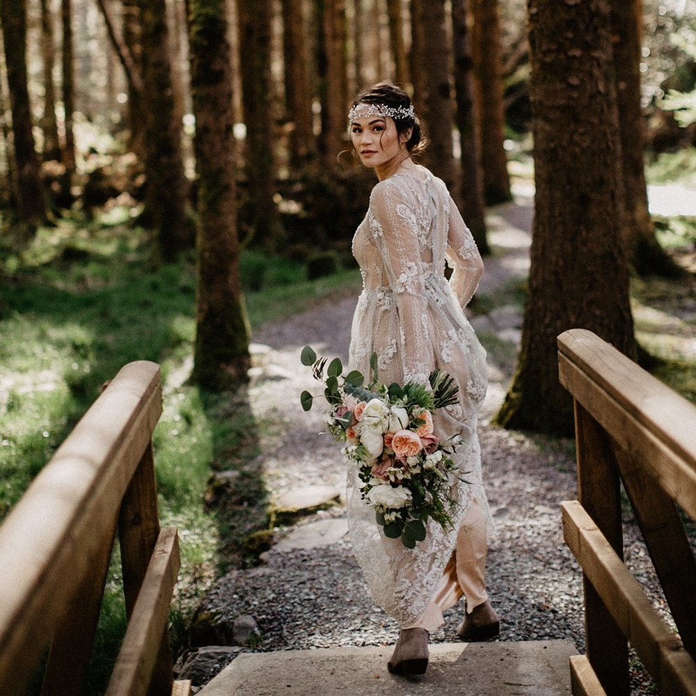 DREAMY WOODLAND ELOPEMENT -