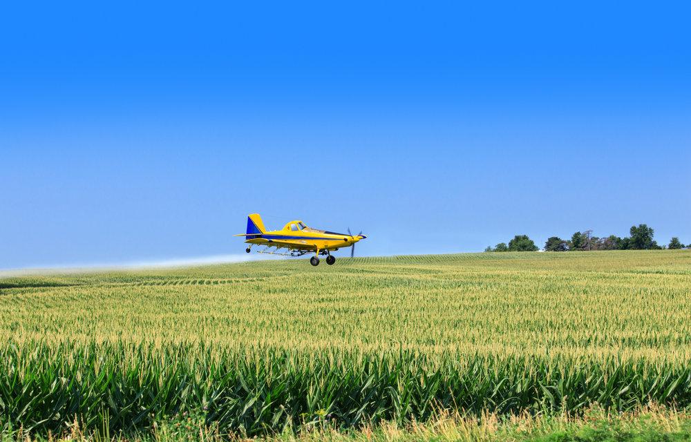 Crop-duster-airplane-175497368_2167x1386.jpeg