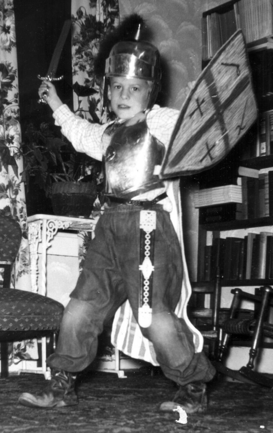 John dressup ca 1956.jpg