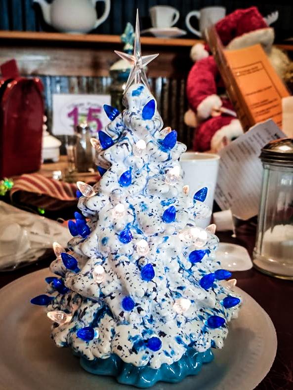 Village Pottery Christmas Pottery-4.jpg