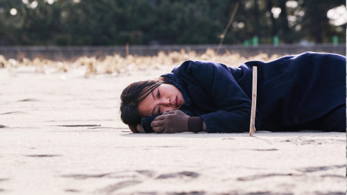 On The Beach At Night Alone (Hong Sang-soo, 2018)