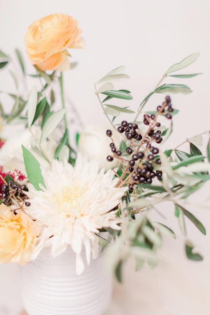 Natural Garden Organic Wedding Flower Arrangements Bouquets Montreal Florist