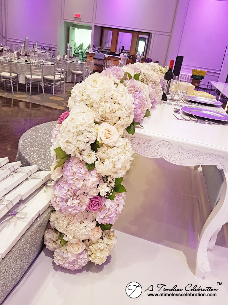 Montreal Wedding Florist Sweetheart Table Flower Runner Château Royal