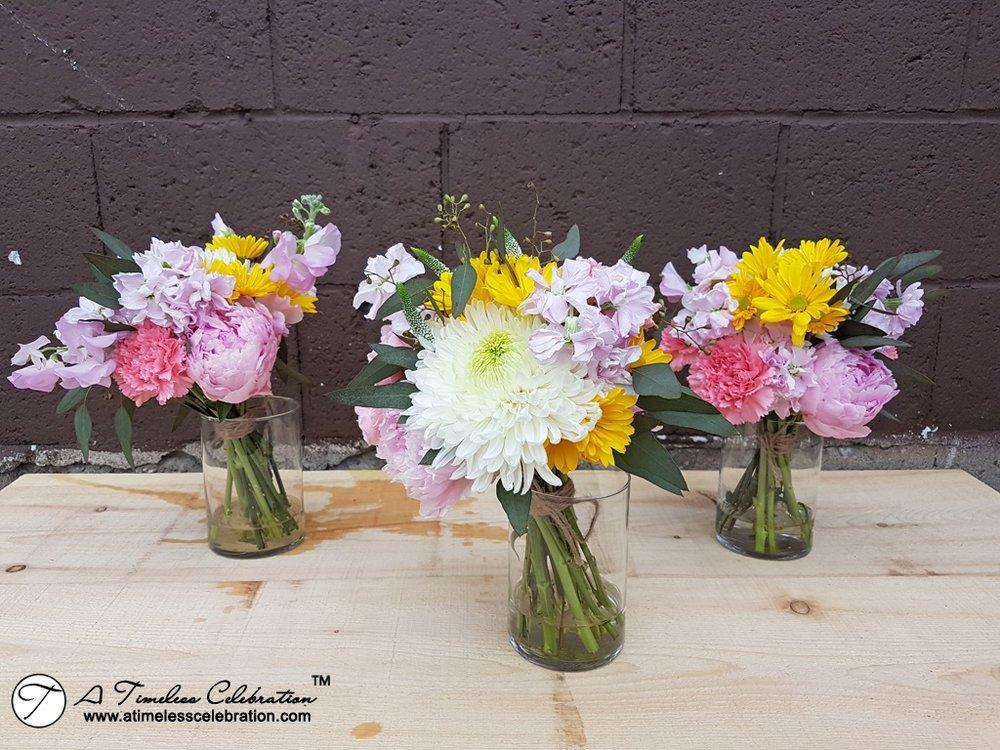 Stewart-Hall-Pointe-Claire-Montreal-Wedding-Florist-Planner-decorations-20170616_150024.jpg