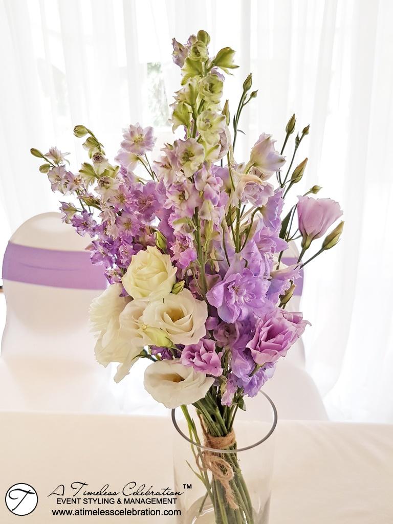 Montreal-Purple-White-Wedding-Flower-Bouquet-Parc-Jean-Drapeau-Pavillon-de-la-Jamaïque.jpg