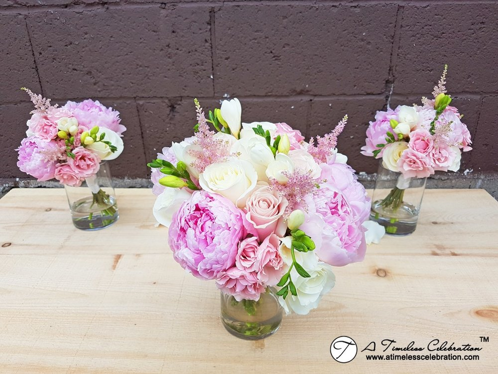 Montreal-Wedding-Bridal-Bouquet-Flowers-Florist-Plaza-Volare-20170616_145239.jpg