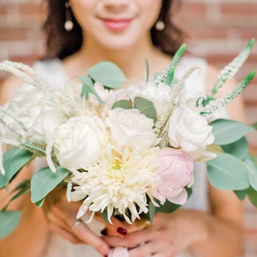 A Timeless Celebration Studio Photoshoot Montreal Wedding Florist IG08.jpg