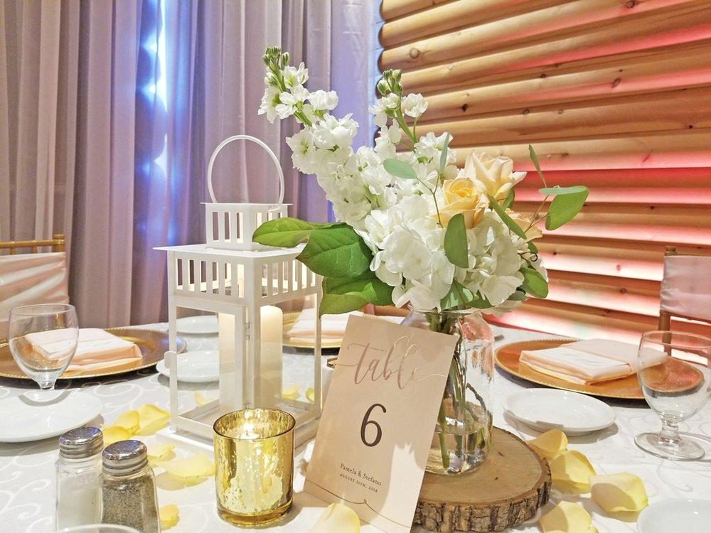 Montreal Wedding Reception Rustic Flower Centerpiece Decorations Rentals Hotel Spa Mont Gabriel