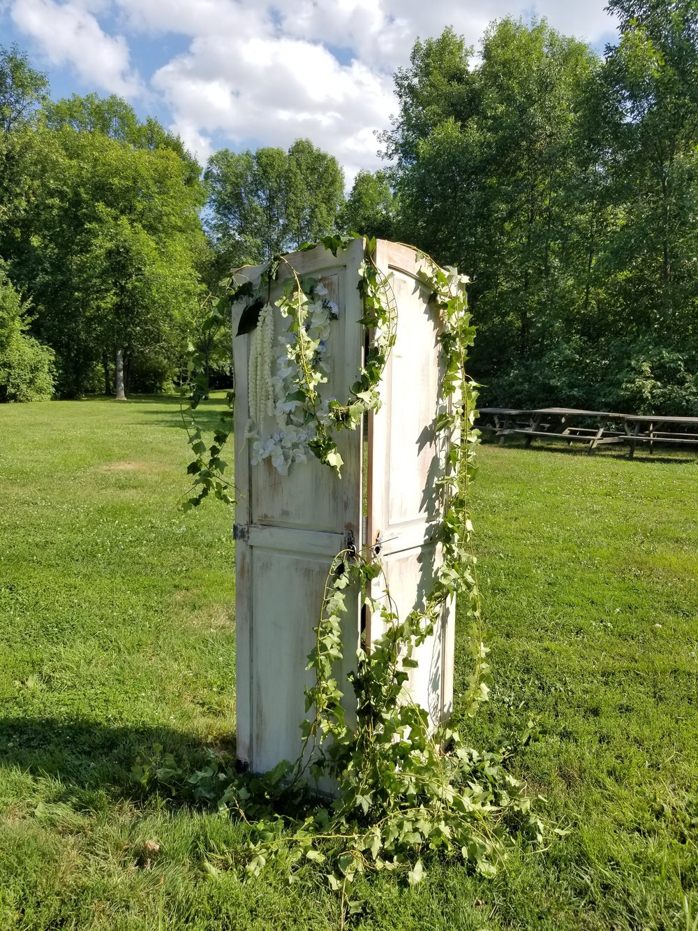 Natural Organic Montreal Wedding Pointe du Moulin Florist Flowers 20180819_154328.jpg