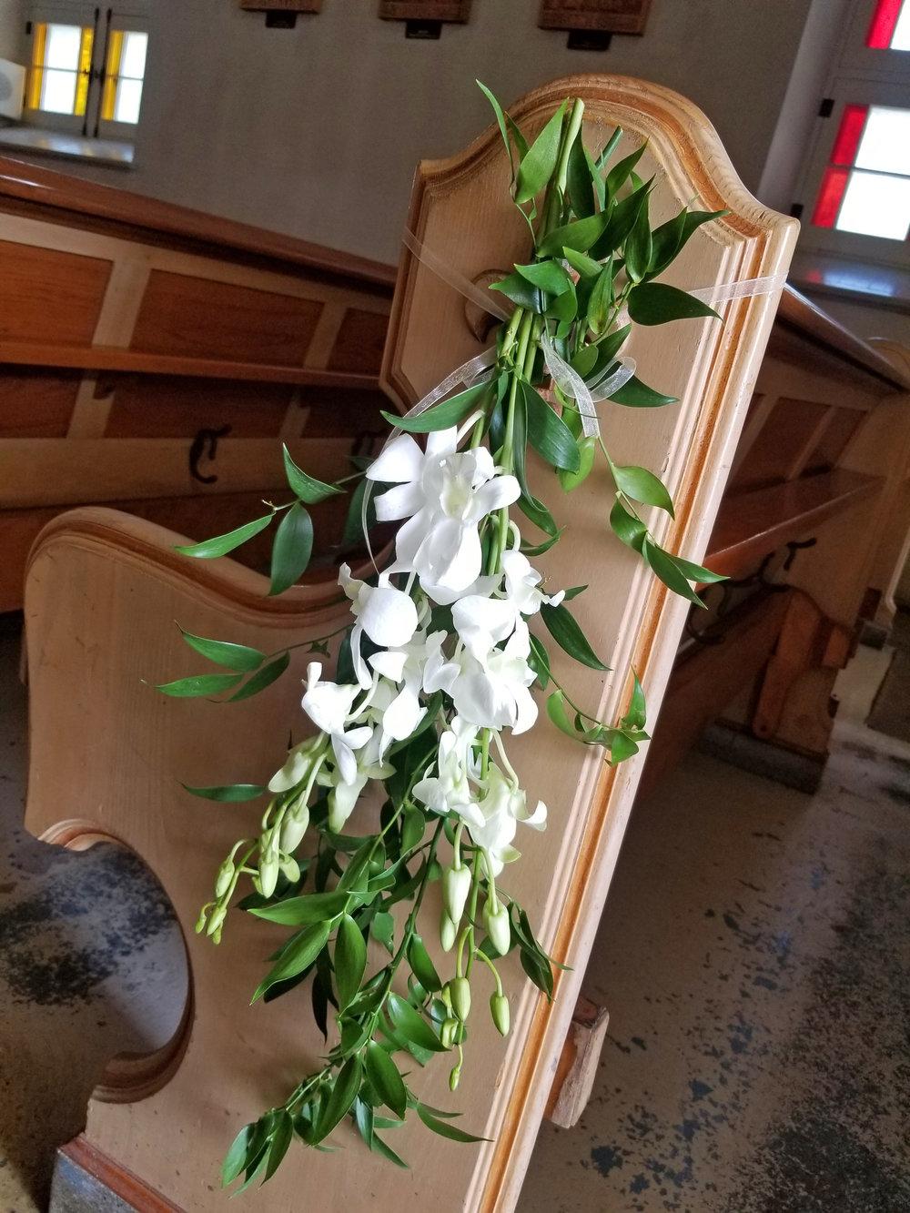 Natural Organic Montreal Wedding Pointe du Moulin Florist Flowers 20180819_125401.jpg