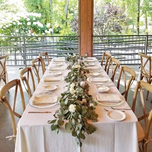 Natural Organic Wedding Flowers Pointe du Moulin Montreal Wedding.jpg