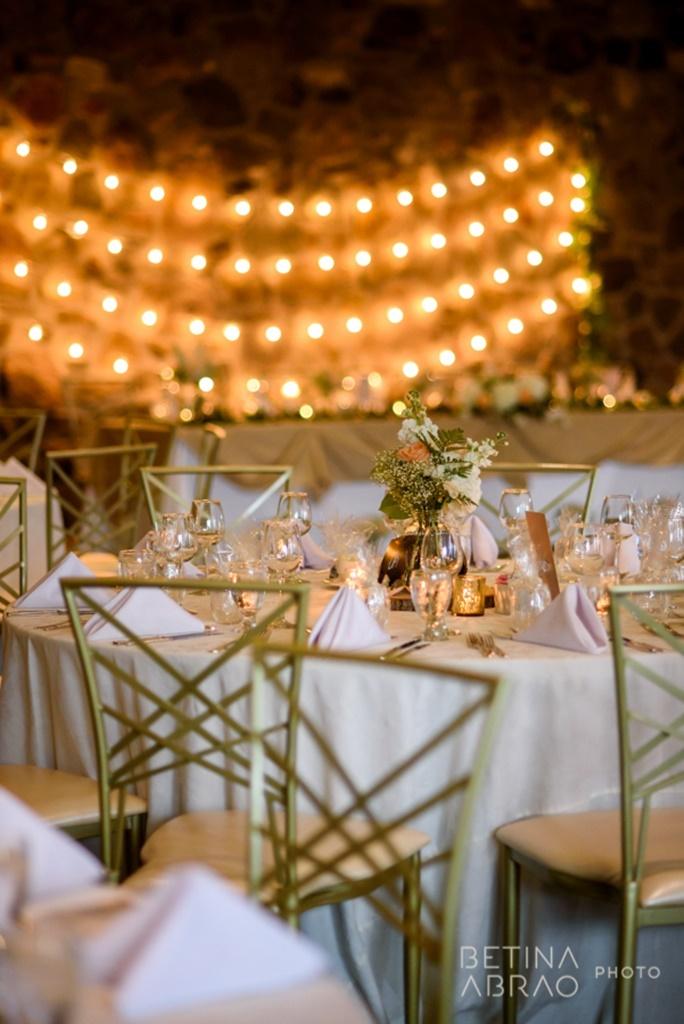Peach Rustic Wedding at Elm Ridge Golf & Country Club Ile Bizard Montreal Reception Dinner Decorations Flowers N+J08.jpg