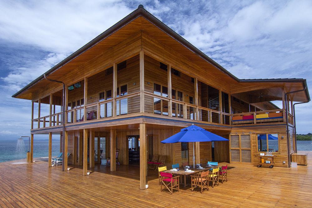 34-Bocas side deck - f.jpg