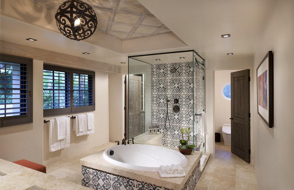 CASITA_Bathroom_Bath.jpg