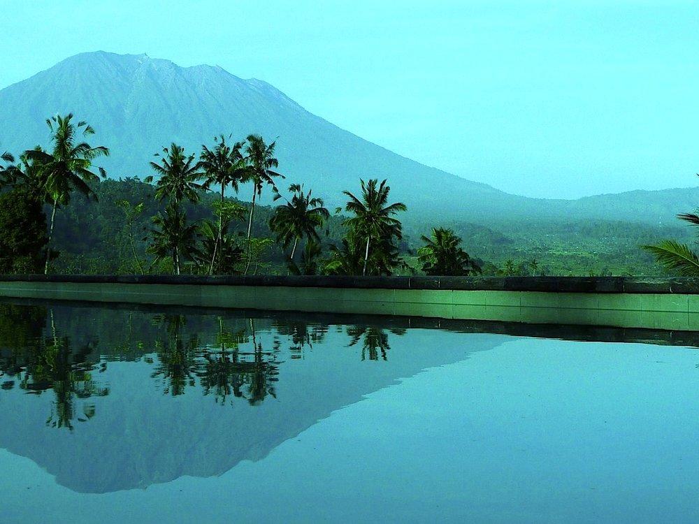 Alila Manggis- Gunung Agung's reflection in the pool.jpg