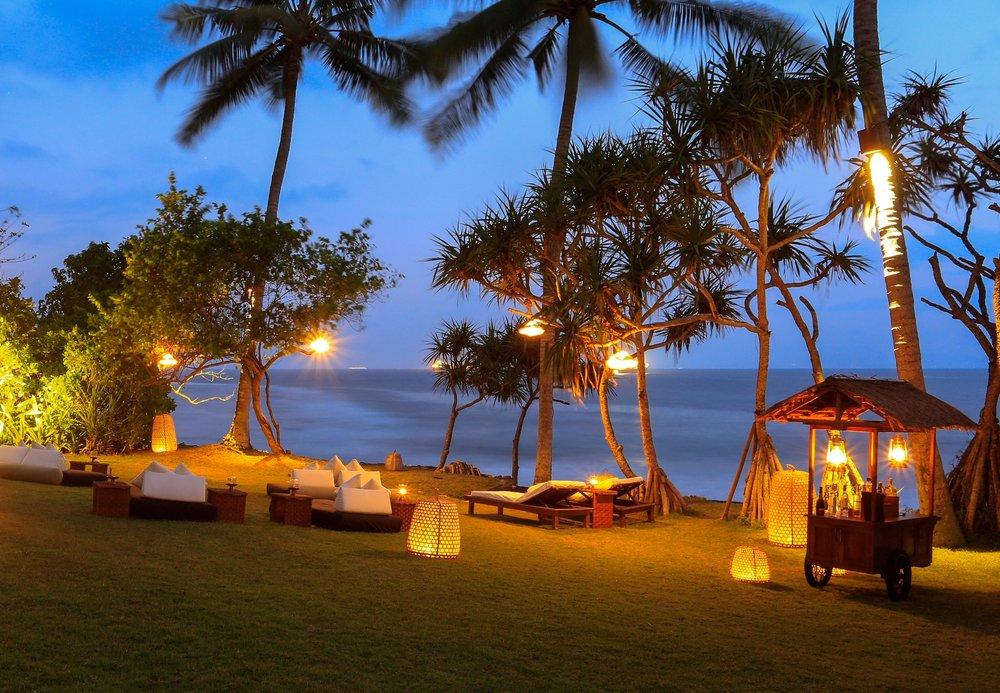 Alila Manggis - Ocean Bar.jpg
